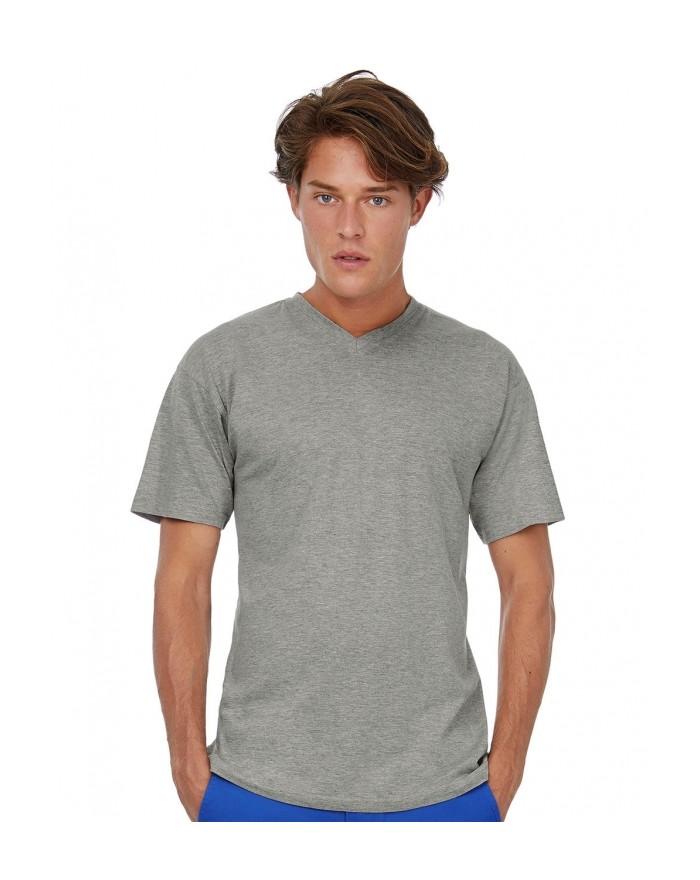 T-Shirt Exact Col V - Tee shirt Personnalisé avec marquage broderie, flocage ou impression. Grossiste vetements vierge à pers...